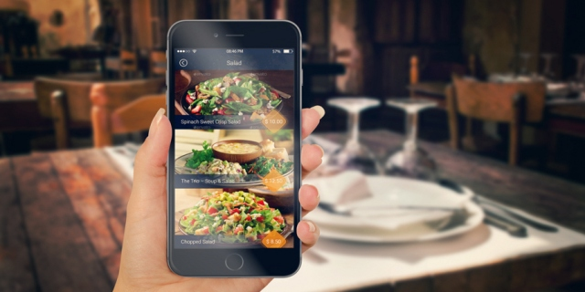 contactless orders and payments online in restaurant at table